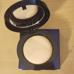 Estee Lauder Perfectionist Set & Highlight Powder